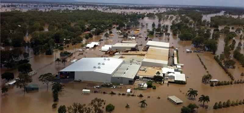Óriási áradás Ausztráliában