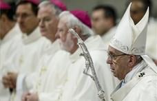 Újra a menekültek mellé állt Ferenc pápa