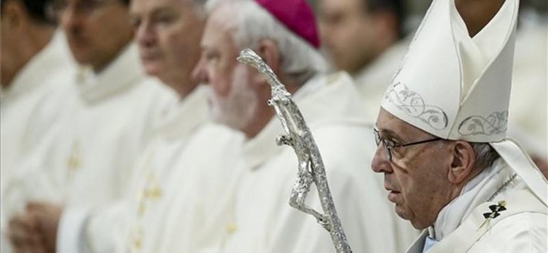 A katolikus egyházon belül egyre nagyobb a zavar - állítja a Hittani Kongregáció volt vezetője