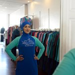 A legnagyobb hőségben zártak be két francia közuszodát, mert muszlim nők burkiniben mentek úszni