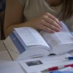Ingyenes nyelvtanfolyamok: folytatódhat a diplomamentő program?