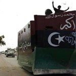 Videó: háztáji betontankkal vették be Kadhafi szülővárosát