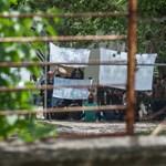 Kormánytisztviselő fojtogatott menekültet Kiskunhalason