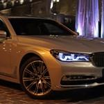 Fotókon az új 7-es BMW, amely visszavághat az A8-as Audinak