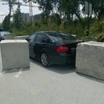Így kell egy életre megleckéztetni egy tilosban parkoló BMW-st