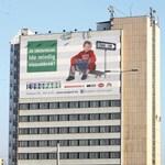 Simicska-közeli reklámcég az állammal üzletel