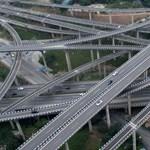 Sebességhatár az autópályákon: legyen vagy ne legyen?