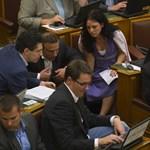 Párterápia vagy szakítás - Bajnaiék az LMP pénteki döntését várják