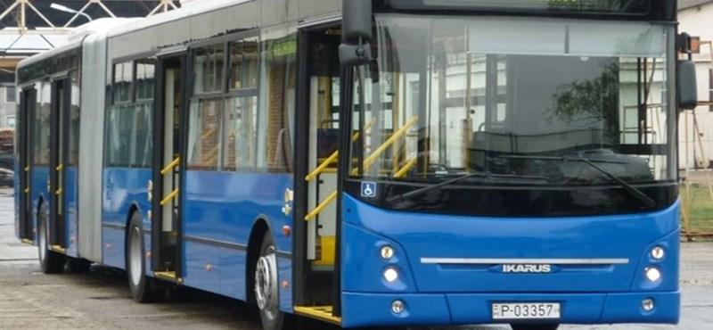 Ilyen új Ikarus jár péntektől a 7-es busz vonalán - fotók