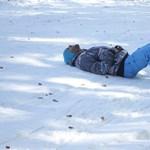 Fotók: 30-40 centis hó Eplényben