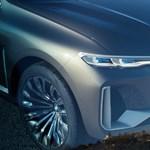 Amíg mindenki a villanyautókkal foglalkozik, a BMW-nek van egy másik terve is