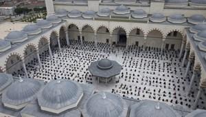 Katonás rendet teremtett Törökország a szállodáiban, és nagyon drukkol