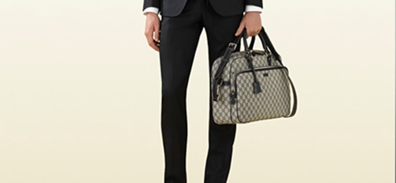 Mit üzen Habony Árpád Gucci-táskája?