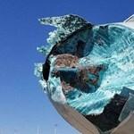 Éppen 10 000 méteres magasságban repült a gép, amikor egy nagyon durva jégviharba keveredett – fotók