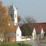 Lemondott a súlyos testi sértés miatt elítélt alsószentmártoni polgármester
