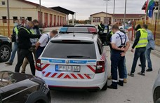 Zsebre dolgozhatott két rendőr az M1-esen
