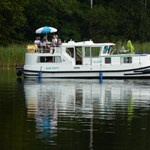 Húsz lakóhajót vett a Mahart a nyaralóhajózási programban