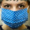 Egy tudományos elmélet szerint az arcmaszk viselése még koronavírus-immunitáshoz is vezethet