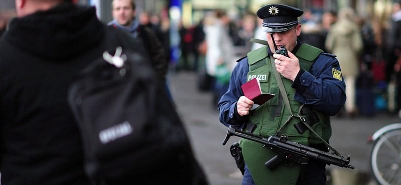 Óriási német razzia egy terroristagyanús szervezetnél