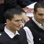 Többen kiakadtak, hogy a Jobbik is kockás inget akar viselni