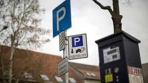 Több kerületben is jelentősen drágul a parkolás Budapesten