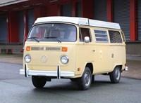 Manapság egy ilyen VW kisbusz 31 millió forintot ér