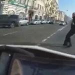 Halálra gázolták a gyalogost gázoló motorost – videó