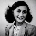 Tízmilliókat fizettek Anne Frank kézzel írott verséért