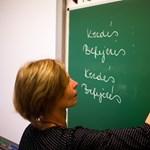 Három éve titkolja a Klebelsberg Központ, hány tanár nem kapott időben fizetést