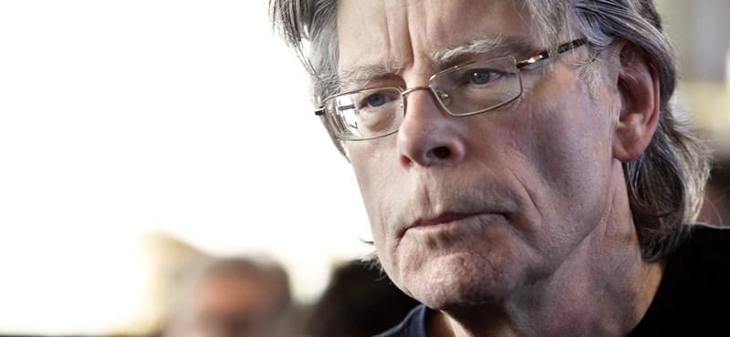 Az elégedetlenkedő Trónok harca-rajongóknak üzent Stephen King