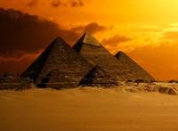 Egyiptom: Musk téved, a piramisokat nem a földönkívüliek építették