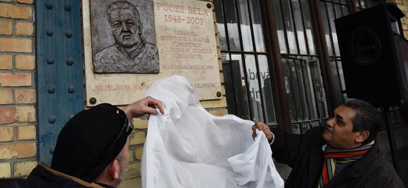 Sikerült végre felavatni a magyarmentő roma hős emléktábláját