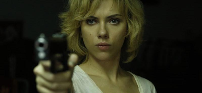 Scarlett Johansson most már hivatalosan is az univerzum királynője