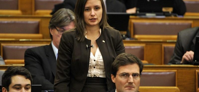 Dúró Dóra még nem dolgozta fel, hogy férjét kirúgták a Jobbik frakciójából