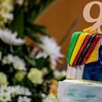 Élethosszig tartó fizetést kap a bukott zimbabwei diktátor