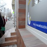 Takarék-fúzió: újabb pénzintézetek szűnnek meg