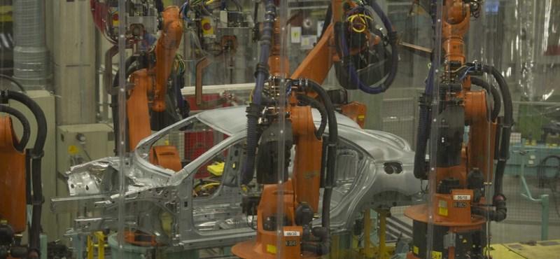 Belendült az autógyártás, rögtön jobban teljesít a magyar ipar