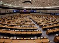 Az Európai Parlamentben sincs egyetértés a Covid-oltással kapcsolatban