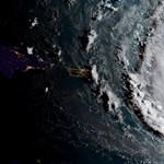 Az évtized legdurvább hurrikánjának kikiáltott Irma még a pápának is gondot okozhat