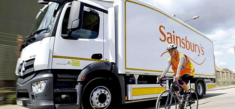 Tükör védi a kerékpárosokat Londonban