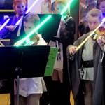 Padawanként húzták a konzisok a Star Warst