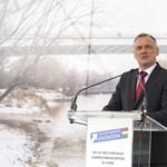 """Győrt behálózó polipról ír az """"ördög ügyvédje"""""""