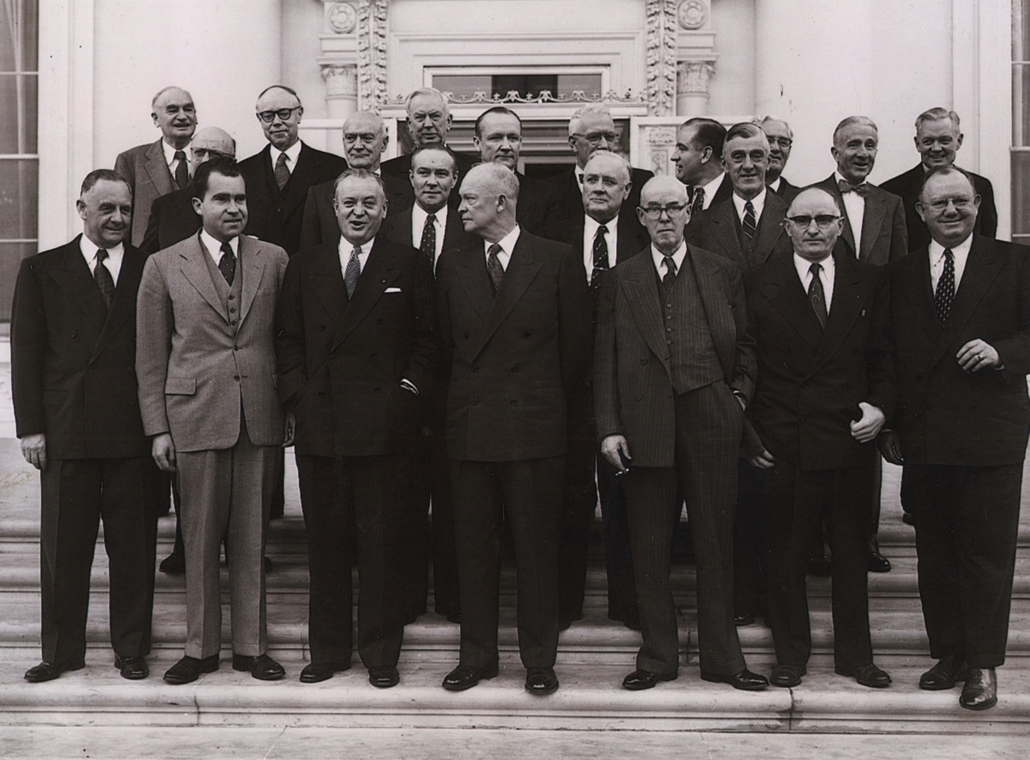 1953.02.04. - Dwight David Eisenhower,  alelnöke, Richard Nixon republikánus szenátorok társaságában Washingtonban - Nixonnagyitas
