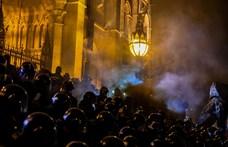 Milliós a kár az Országház épületében a tüntetések után