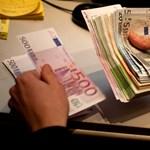 Rekordszinten a világ adóssága. Itt a következő válság?