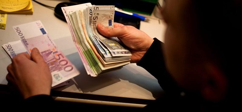 A bankok az alkotmánybíróság elé viszik a különadójukat Szlovákiában