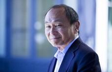Fukuyama: A végén a demokrácia győz, csak körbejárnak a rendszerek
