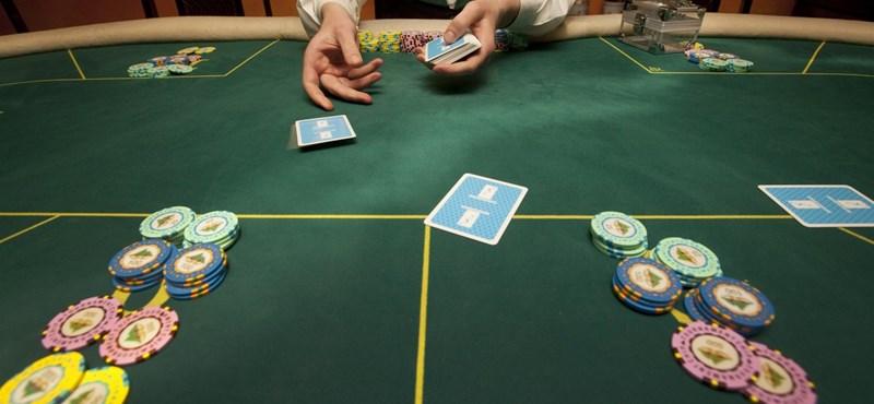 Mit fedezett fel pókerezés közben a közgazdasági Nobel-díjas?
