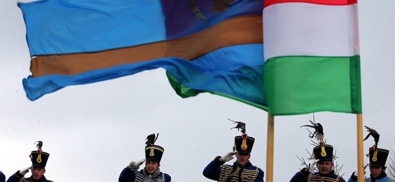 Országos népszavazást kezdeményeznek a magyar autonómiáról Romániában