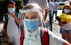 Romániában hirtelen csökkent a napi fertőzöttek száma